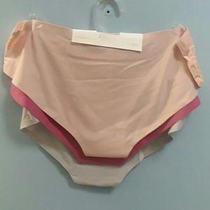 Jessica Simpson Intimates & Sleepwear - Pantys
